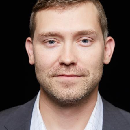 Justin Halls, MD