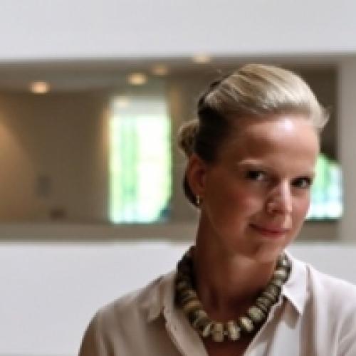 Dr. Vivian de Ruijter<br /> @nickdawson