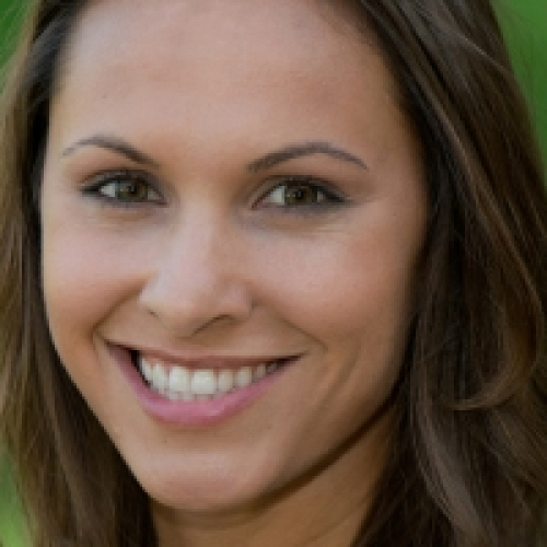 Erica Savig<br /> @jrscoyote